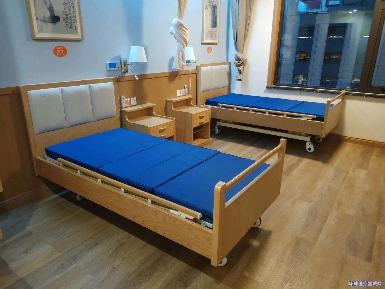木质软包定制养老院护理床适老化家具实木板式钢制床