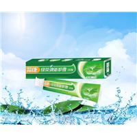 绿茶清新护理牙膏